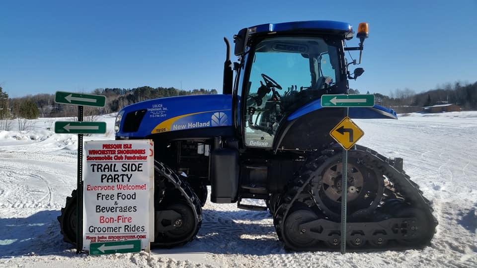 Presque Isle Wisconsin Snowmobile Club : Sno-Bunnies